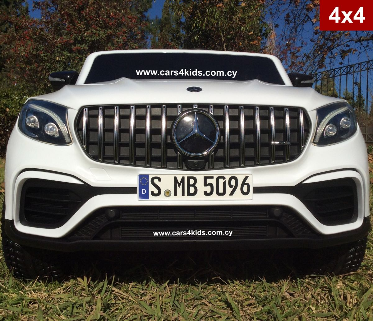4x4 Mercedes GLS 63 AMG White with 2.4G R/C under License