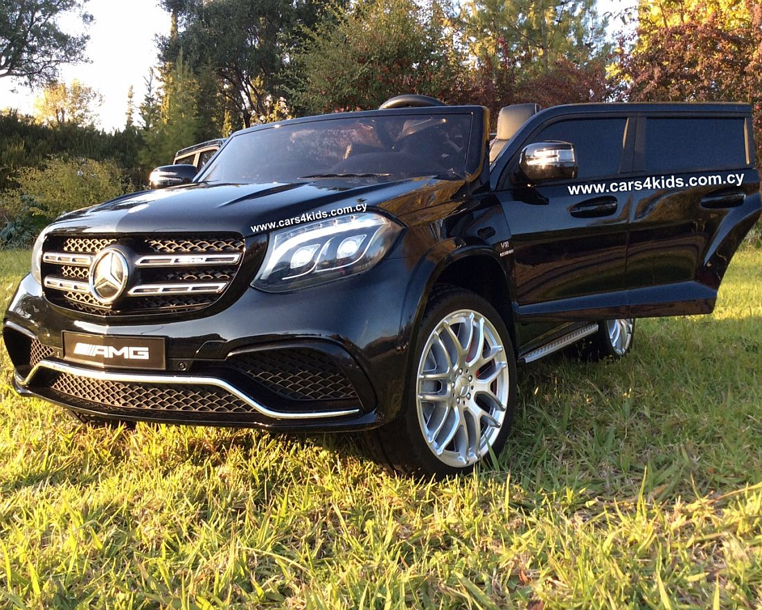 4x4 Mercedes GLS 63 AMG Painting Black with 2.4G R/C under License