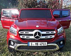 4x4 Mercedes-Benz X-Class AMG with 2.4G R/C under License