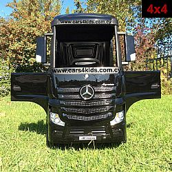 4x4 Mercedes-Benz Actros Truck with 2.4G R/C under License